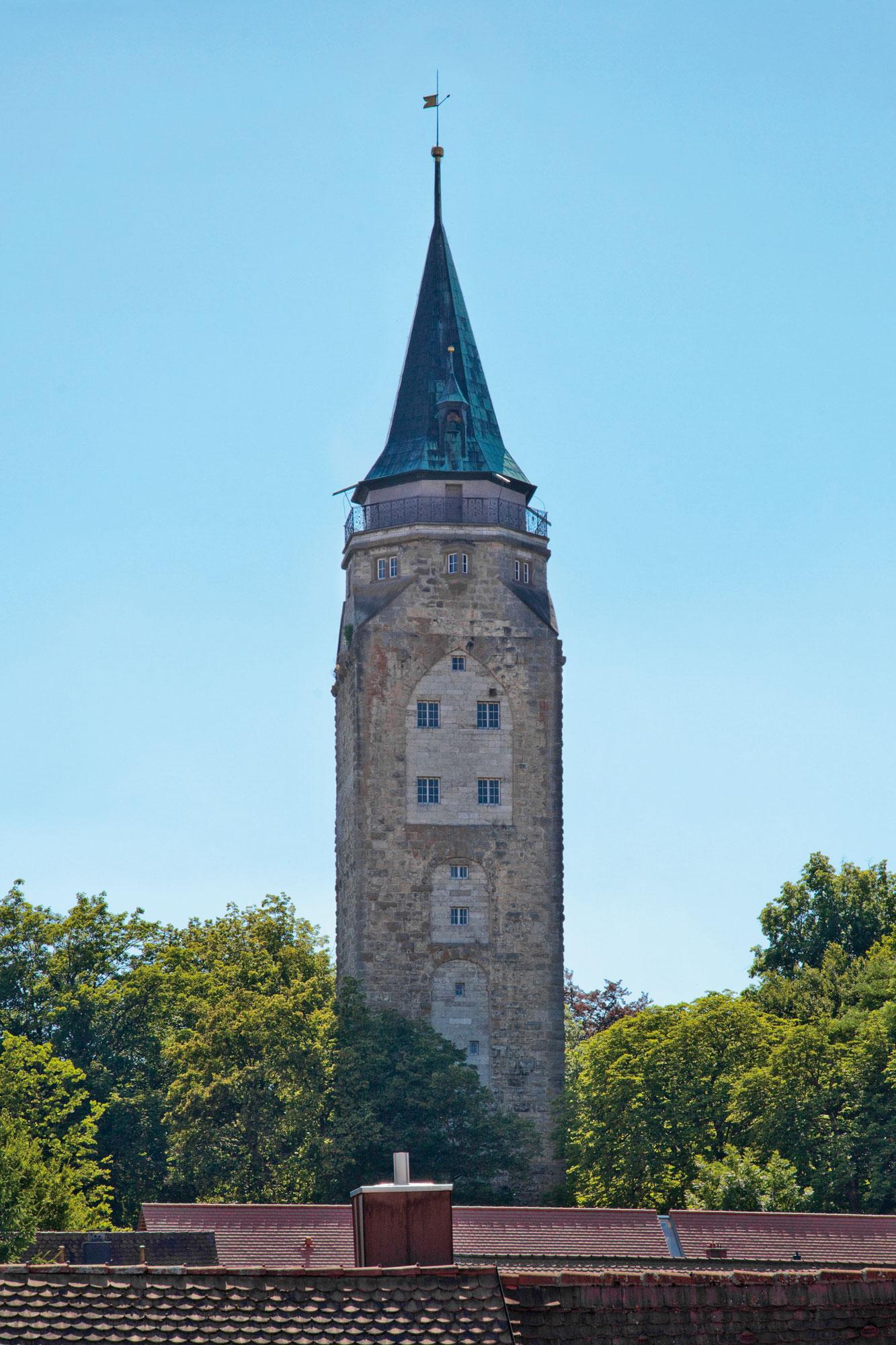 Der Hochturm im Westen der historischen Innenstadt